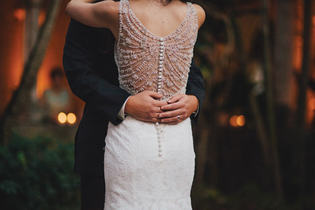 Blackless wedding dress