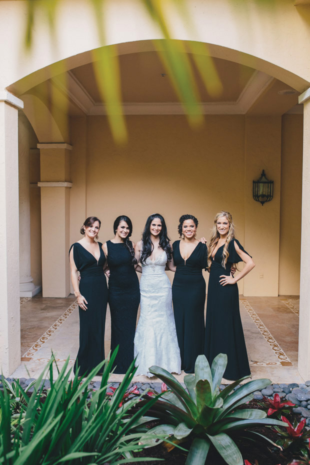 The bridesmaids with the beautiful bride