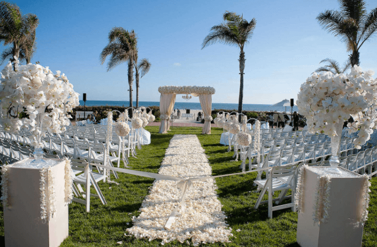 Top 5 outdoor wedding venues miami for 2017 the miami wedding blog an outdoor wedding ceremony junglespirit Images